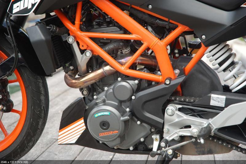 Hi-res фото мотоцикла KTM 390 Duke 2013