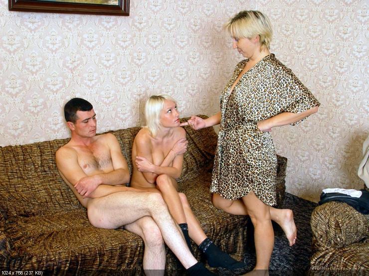 сексуальные фото где жена соблазняет мужа