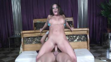Richelle Ryan - Brunette Slut Richelle Takes Some Dick (2014) HD 1080p