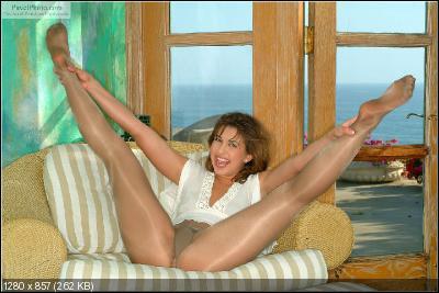 Viewpornstars big natural tits