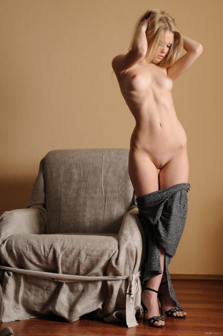 EroticBeauty: Sunny*A - Golden 1 (12*04*2014)
