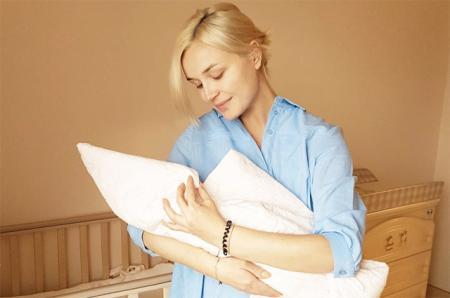 Полина Гагарина рассказала, почему не хотела афишировать беременность